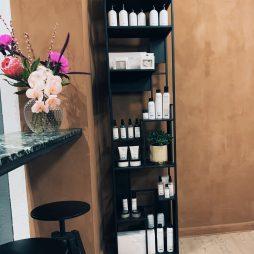 produkter til professionel hårfarvning hos frisør på Frederiksberg